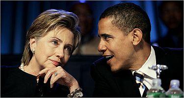 Prezidentští kandidáti za demokraty Barack Obama a Hillary Clintonová (vlevo)