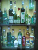 Zásoby alkoholu musí být řádné