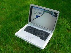 Zničený laptop
