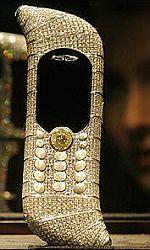 Telefon posázený diamanty.