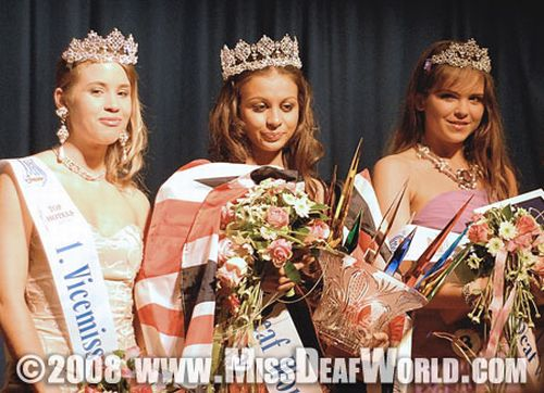 Zleva: Michaela Theimerová, Rosanna Mazzoschiová a Julia Arslanová