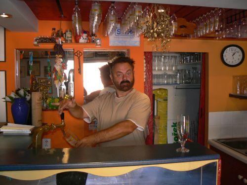 Bar v natáčecím sále.