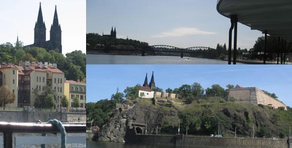 Proplouváme pod majestátným Vyšehradem, odkud z hradeb do Vltavy skočil Šemík s Horymírem...