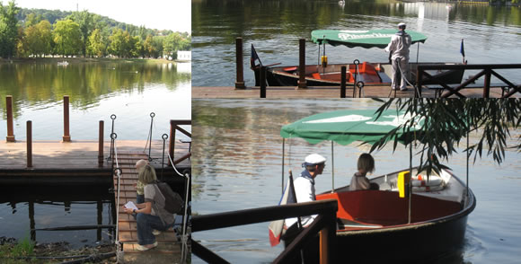 Také druhé, jedenácti místné plavidlo společnosti Pražské Benátky, nemá o cestující nouzi
