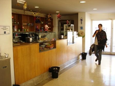 Kávový bar přímo ve škole, zamilujete si ho!