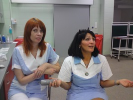 Sestřička Šárka a sestřička Darina(zleva)