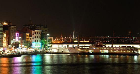 Noční Istanbul