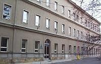 Budova gymnázia v Novém Bydžově