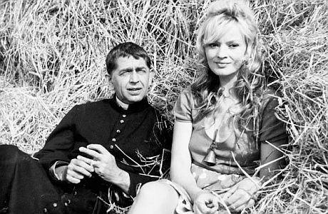 Vlastimil Brodsk� se svou druhou �enou Janou Brejchovou ve filmu Far���v konec