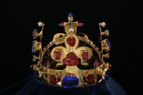 svatováclavská koruna