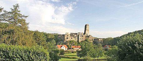 Malebná zřícenína hradu Okoř