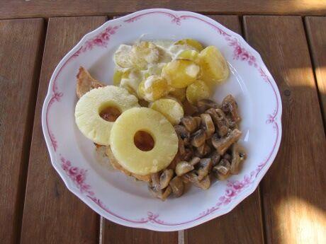 kuře s ananasem a žampiony