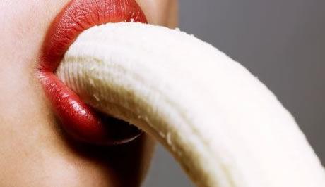 banana in