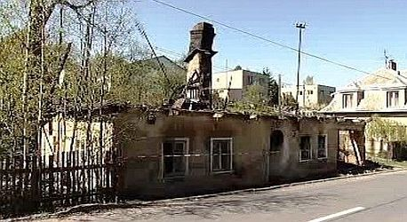 Vypálený dům ve Vítkově je už zbourán