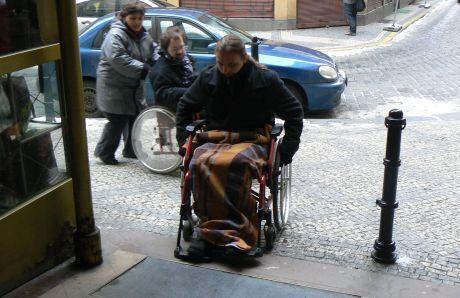 vozíčkářem první kopeček