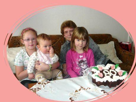 babička s vnoučaty