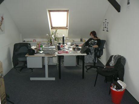 Kancelář s Evou