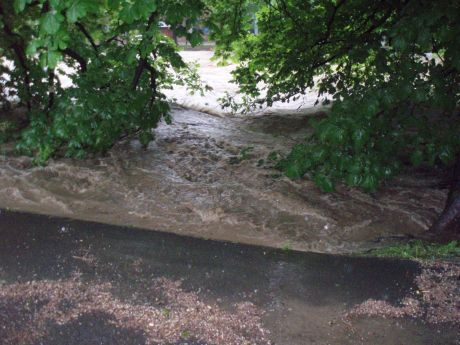 Povodn� v �esk�m T��n� 2010