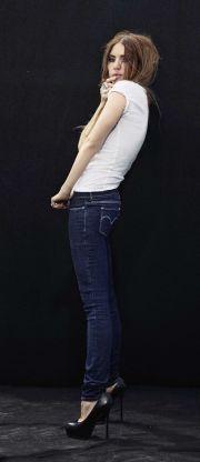 džíny