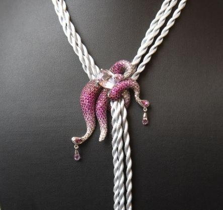 Octobus náhrdelník