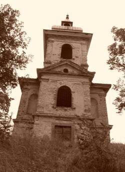 kostel z dalky