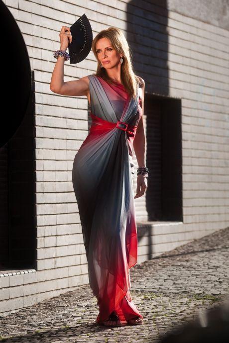 ŽENA-IN - Společenské šaty. Brokát f9156503640