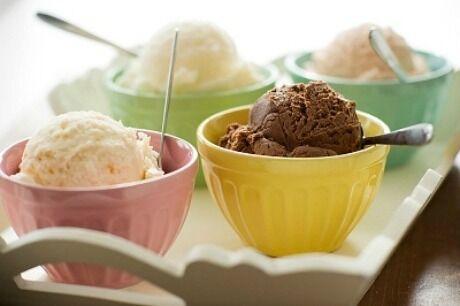 dom�c� zmrzlina