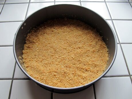 krusta z rozdrcených sušenek