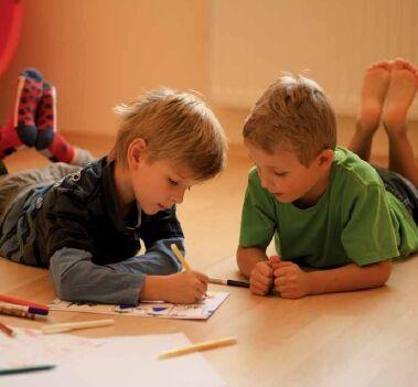 dětí píší