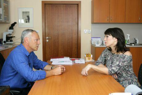 Tereza Kostková a Dr. Dvořák