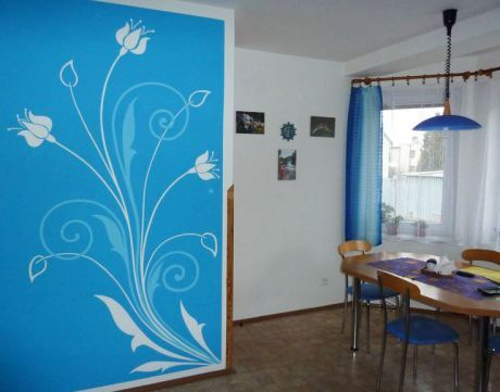 Malování mastná zeď
