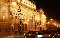 Rallye večerní Prahou