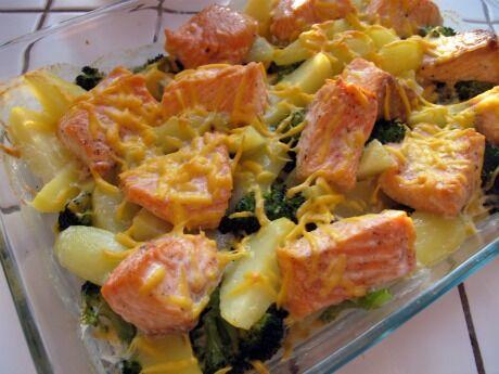 losos zapečený s brokolicí a brambory