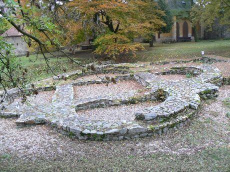 Sázavský klášter, Svatý Kříž
