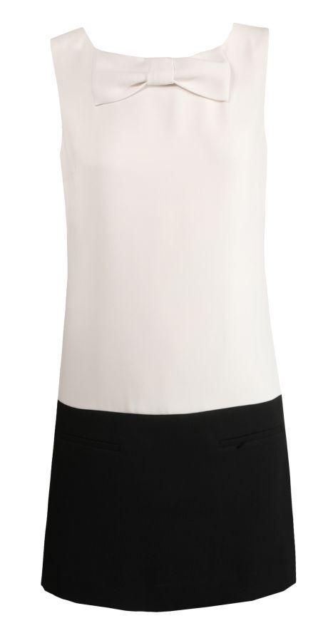 Šaty se sníženým pasem a černým lemem