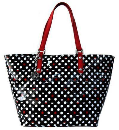 Lakovaná kabelka s puntíkem