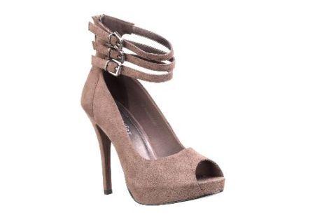 Boty na vysokém podpatku s pásky přes nárt