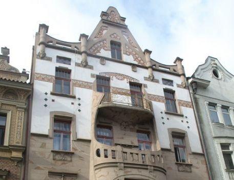 dům 1