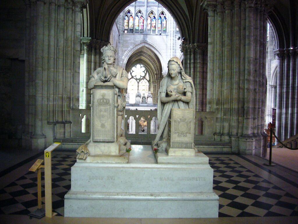 Náhrobek v katedrále Saint Denis, pohřebišti fr. králů