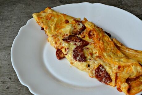 omeleta s chorizem