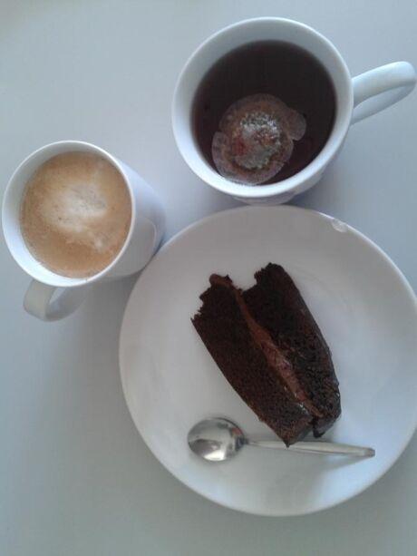 káva, čaj a dort