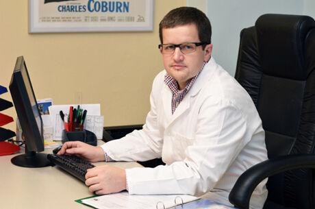 MUDr. Zámečník, primář Urologické kliniky 1. LF UK a VFN