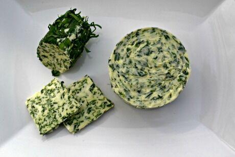 bylinkové máslo z medvědího česneku