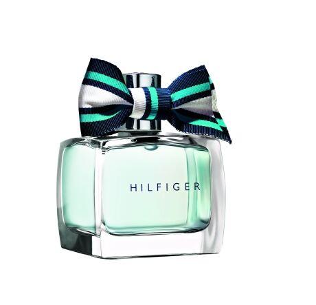 9. Nová vůně pro romantické ženy Tommy Hilfiger Endlessly Blue, 30 ml 1060 Kč.
