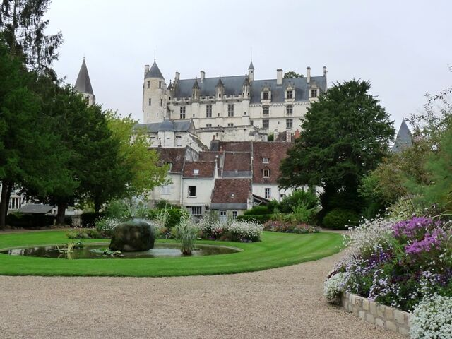 Loches-pohled1