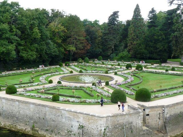 Chenonceau - zahrada K. Medicejské