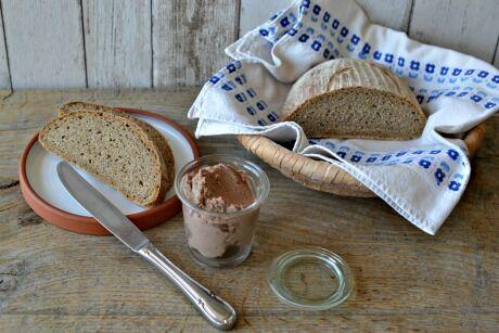 domácí podmáslový kváskový chléb