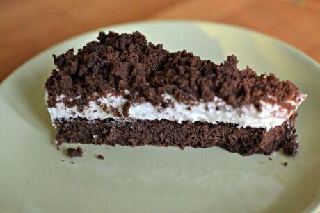 Strouhaný čokoládový koláč s tvarohem