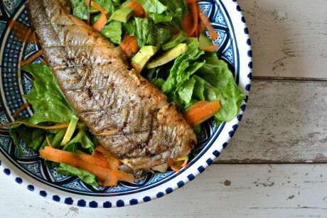 siven s lehkým salátem