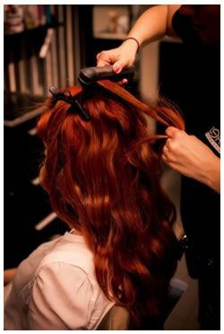 """Stejným způsobem """"natočte"""" celé vlasy. 483eb8f916d"""